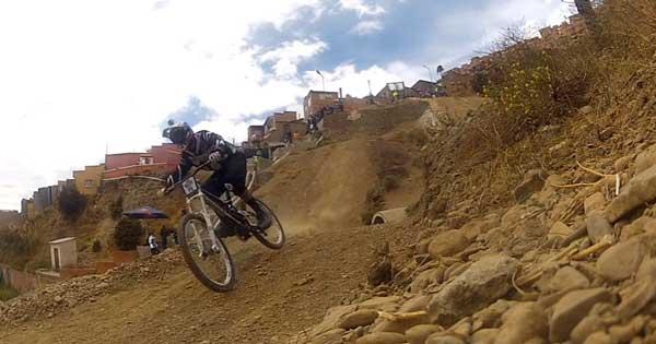 Descenso del cóndor - Red Bull - La Paz Bolivia